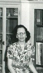 Anne Fox005