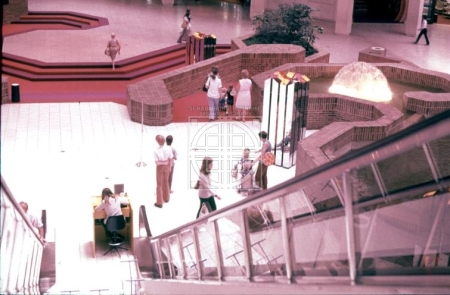 woodfield main atrium 1971